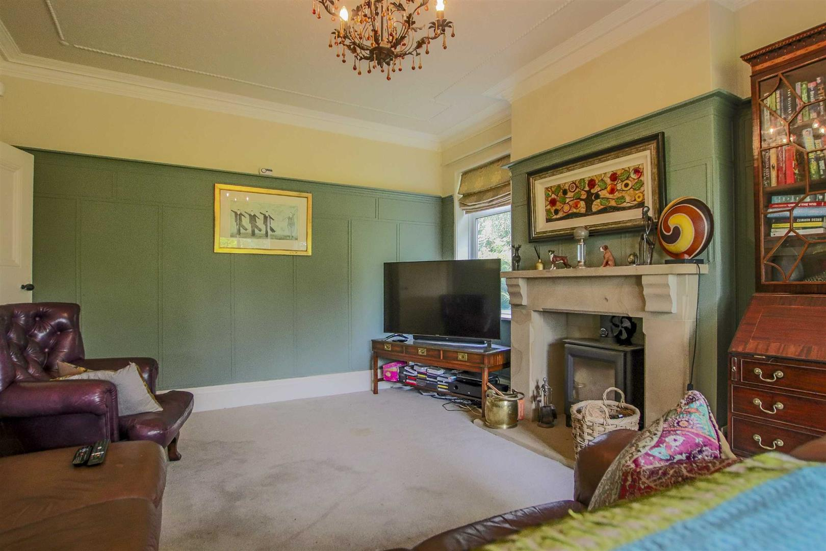 4 Bedroom Detached House For Sale - Image 19